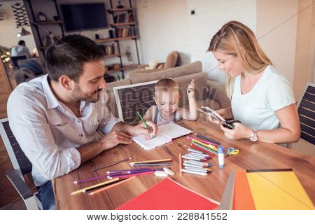 Parents With A Son Drawing And Color