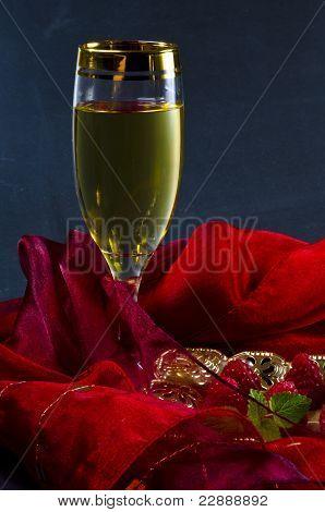 Wine And Raspberry