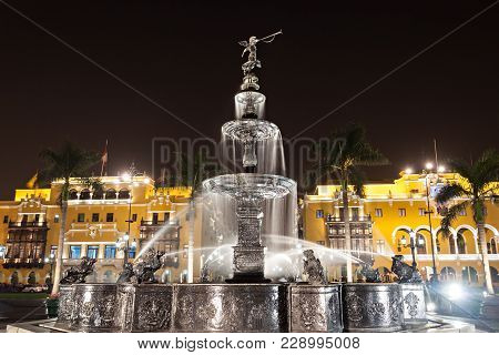 Fountain On The Plaza Mayor In Lima, Peru