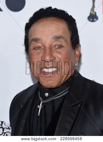 LOS ANGELES - FEB 25:  Smokey Robinson arrives for the Hollywood Beauty Awards 2018 on February 25, 2018 in Hollywood, CA