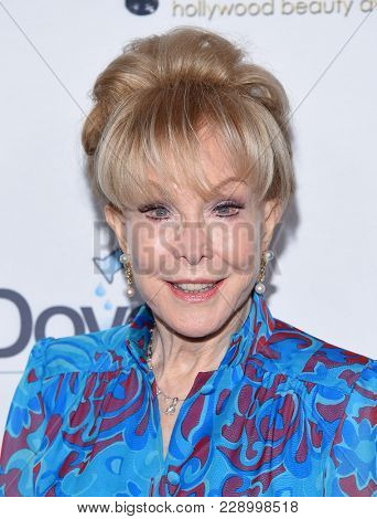 LOS ANGELES - FEB 25:  Barbara Eden arrives for the Hollywood Beauty Awards 2018 on February 25, 2018 in Hollywood, CA