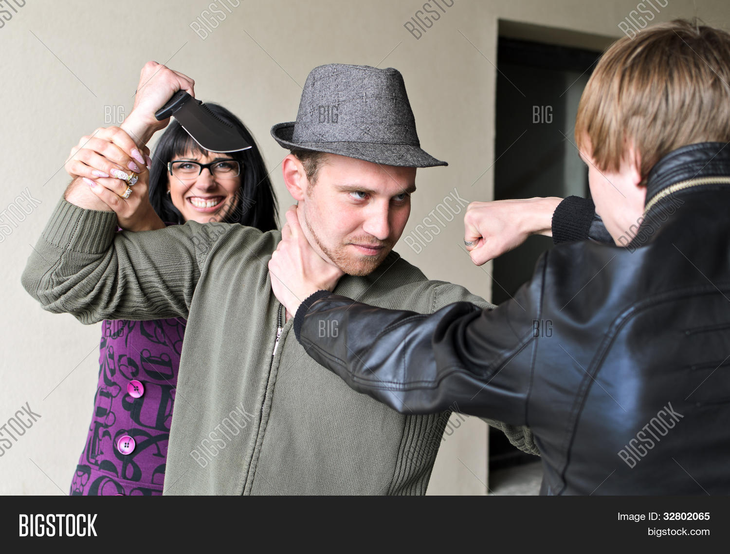 Betrayal: Fight Her Image & Photo (Free Trial)   Bigstock
