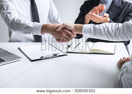 Successful Job Interview, Image Of Boss Employer Committee Or Recruiter In Suit And New Employee Sha