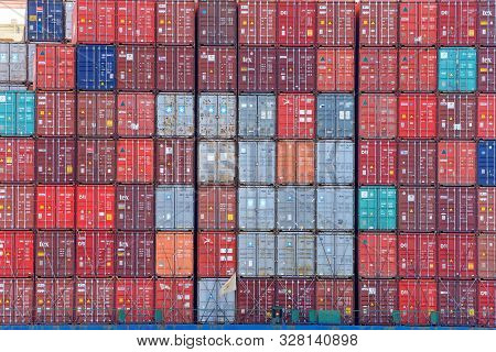 Oakland, Ca - September 18, 2019: The Average Container Ship Can Hold 3,500 Containers. Shipping Con