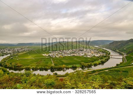 Leiwen Small  Village On The Moselle Germany