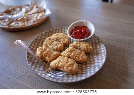 Chicken Nuggets On Plate Close View Macro