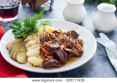 Braised Beef Heart With Mashed Potatoes And Pickles, Horizontal