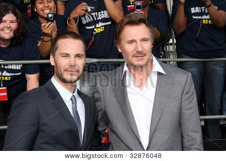 LOS ANGELES - MAY 10:  Taylor Kitsch, Liam Neeson arrives at the