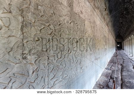 Angkor Wat, Siem Reap/cambodia - February 2 2018: Bas Relief Carving On The Wall In The Temple Compl