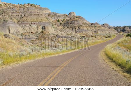 Makoshika State Park road and badlands