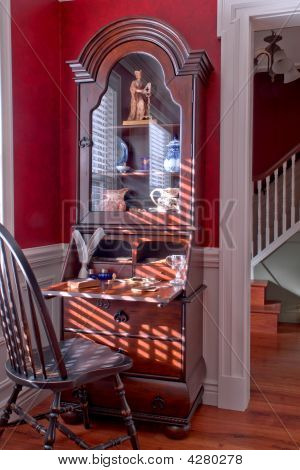American Colonial House Interior