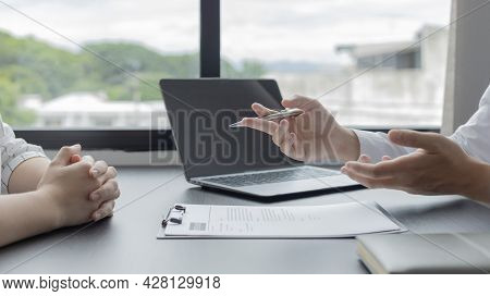Job interview, Employer or recruiter is interviewing and taking the applicant's work history, Specia