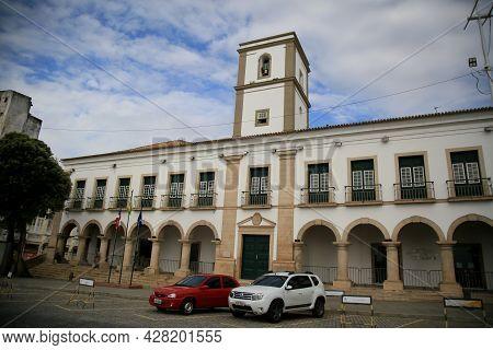 Salvador City Council