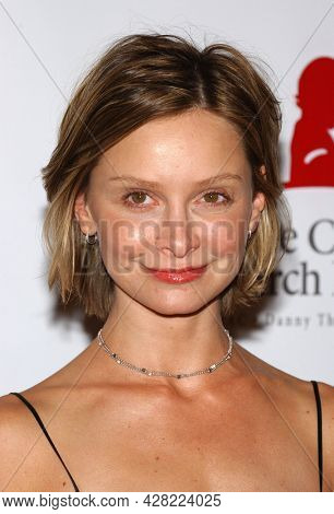 LOS ANGELES - AUG 19: Calista Flockhart arrives for the 2nd Annual 'Runway For Life' Celebrity Fashion Show on August 19, 2003 in Beverly Hills, CA