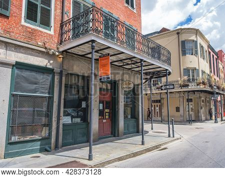 New Orleans, La - July 22: A Gallery For Fine Photography In The French Quarter On July 22, 2021 In