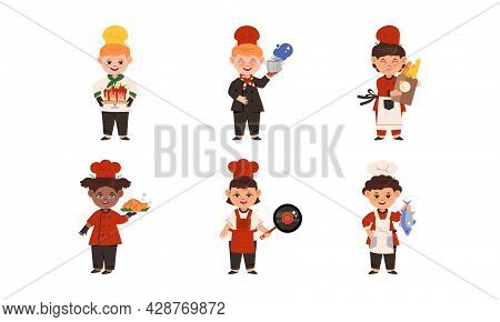 Smiling Kids Wearing Colorful Toques And Aprons Cooking Vector Set