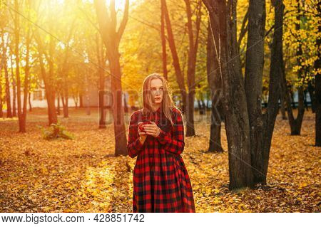 Vitamin D In Autumn And Winter Season. Vitamin D In Womens Health, Role Of Vitamin D3 Supplements In