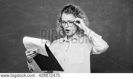 Read Impressing Resume. Read Personal Profile. Tutor Checking Homework. Estimate Essay Of Applicants