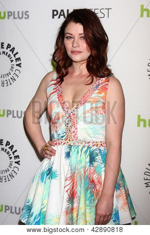 LOS ANGELES - MAR 3:  Emilie de Ravin arrives at the