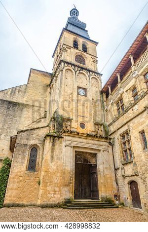 Sarlat La Caneda, France - June 24,2021 -  View Atthe Bell Tower Of Cathedral Of Saint Sacredos In S