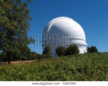 Giant Telescope