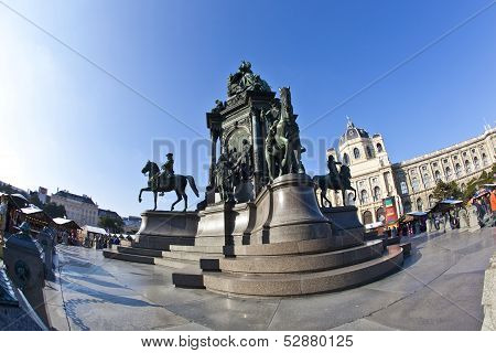Maria Theresia Monument, In Vienna