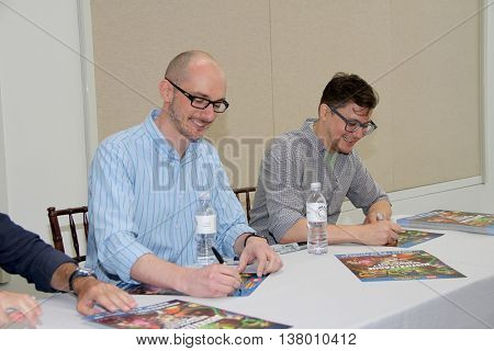 Brandon Vetti and Matt Peters sign autographs at the