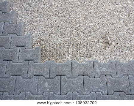 concrete permeable flooring assembled on a substrate of sand
