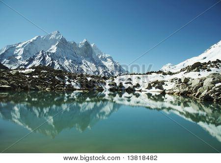 Bhagirathi Parbat peak and lake on Tapoban in Himalayan