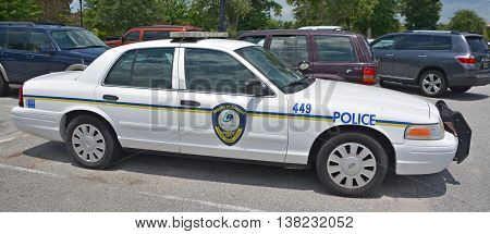 MOUNT PLEASANT SC USA JUNE 25 2016: The Mount Pleasant Police Department car, departement employs 132 sworn officers and 43 civilian personnel, serving the entire municipal population