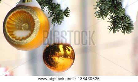 Golden christmas ornaments in shallow dof - landscape