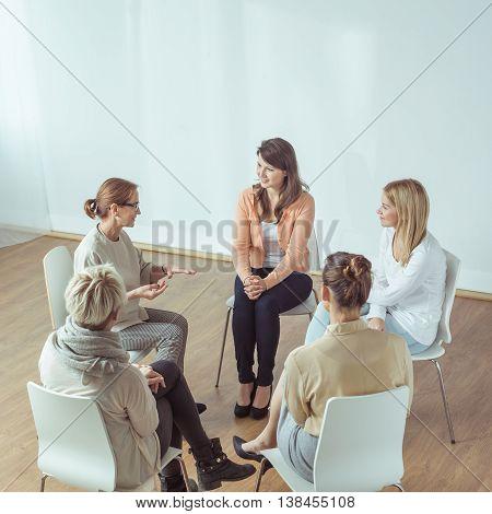Smart Elderly Psychotherapist