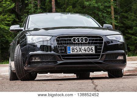 Black Facelift Audi A5 2.0 Tdi 2012 Model