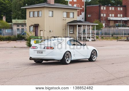 White Toyota Supra A80