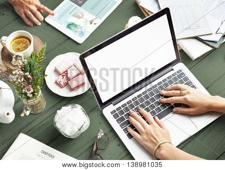 Mockup Copyspace Laptop Notebook Gift Present Concept