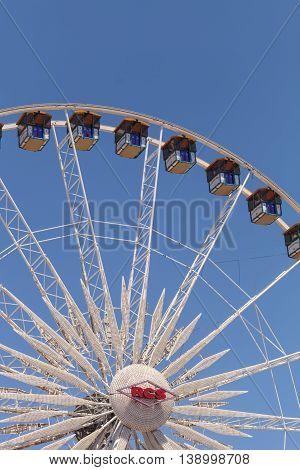 Costa Mesa, CA - July 16, 2016: Ferris wheel at the Orange County Fair in Costa Mesa, CA on July 16, 2016. Editorial use only.
