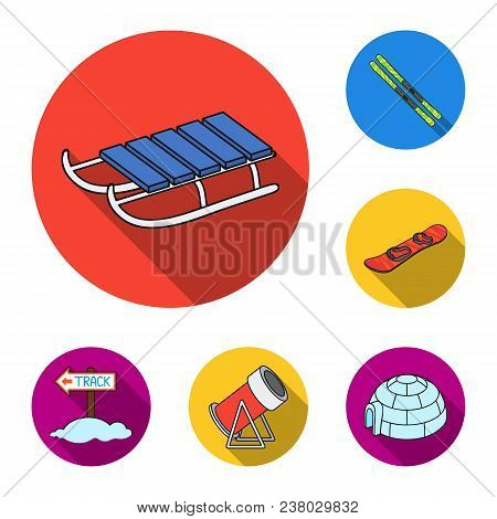 Ski Resort And Equipment Flat Icons In Set Collection For Design. Entertainment And Recreation Vecto