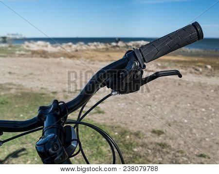 View thru bike handlebar on beech