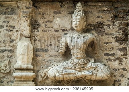 Traditional Stucco / Historical Attractions And Historic Sites In Chiangmai Thailand