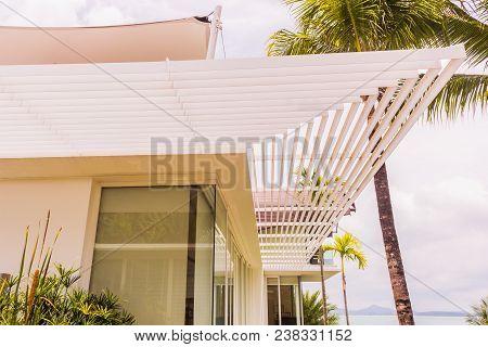 Construction Details : Aluminium Louver Or Sun Shade Of Modern Style Villa