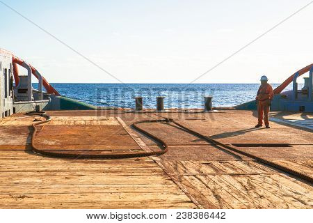 Anchor-handling Tug Supply Ahts Vessel Crew Preparing Vessel Towing Wire For Static Tow Tanker Lifti