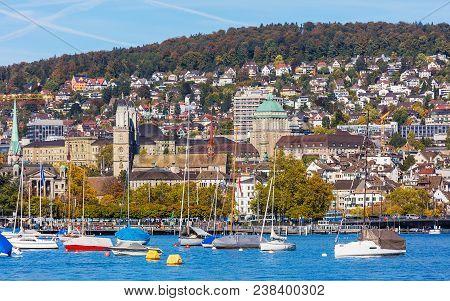 Zurich, Switzerland - 5 October, 2017: The City Of Zurich In Switzerland, View From Lake Zurich. Zur