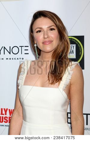 LOS ANGELES - APR 25:  Elizabeth Hendrickson at the NATAS Daytime Emmy Nominees Reception at Hollywood Museum on April 25, 2018 in Los Angeles, CA