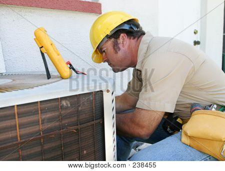 Reparador de aire acondicionado