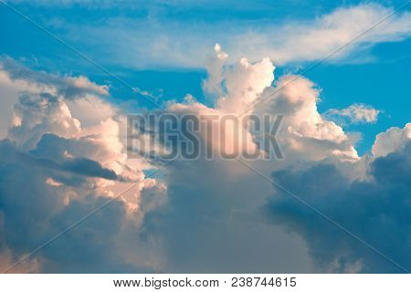 Evening Dramatic Clouds And Blue Sky The Dramatic And Fantasy  Clouds