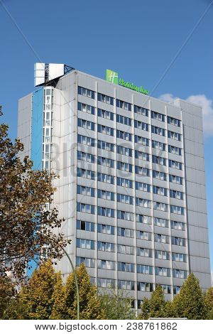 Berlin, Germany - August 27, 2014: Holiday Inn Hotel In Berlin. Holiday Inn Is A Brand Of Hotels Wit