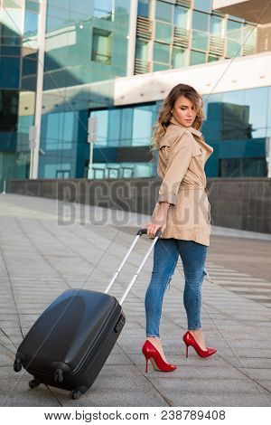 Travel Brings Power And Love Back Into Your Life! Full Length Photo Of The Young Attractive Girl Goi