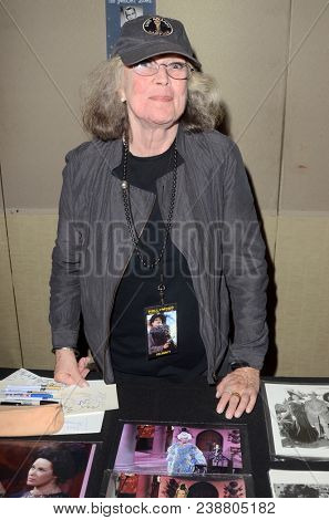 LOS ANGELES - APR 28:  Antoinette Bower at The Hollywood Show at Westin LAX on April 28, 2018 in Los Angeles, CA