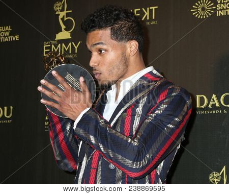 LOS ANGELES - APR 29:  Rome Flynn at the 45th Daytime Emmy Awards at the Pasadena Civic Auditorium on April 29, 2018 in Pasadena, CA