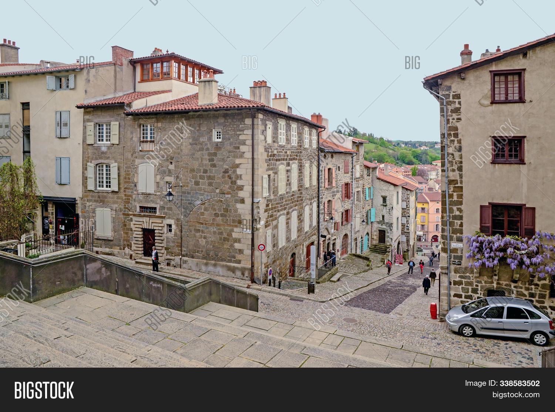 Architecte Le Puy En Velay may 3, 2015 - puy-en- image & photo (free trial)   bigstock